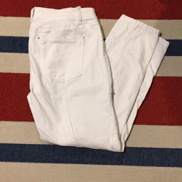 White House Black Market Denim - WHBM Skinny crop white jeans size 8